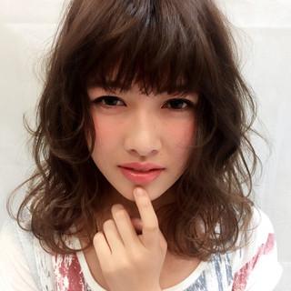 ミディアム ストリート 大人かわいい パーマ ヘアスタイルや髪型の写真・画像