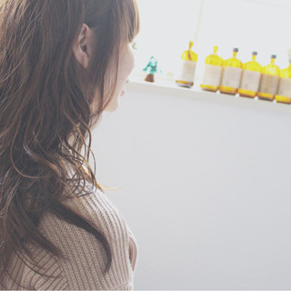 小顔 フェミニン こなれ感 ロング ヘアスタイルや髪型の写真・画像