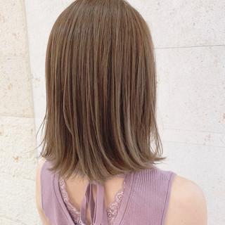 外ハネ 極細ハイライト ボブ 3Dハイライト ヘアスタイルや髪型の写真・画像
