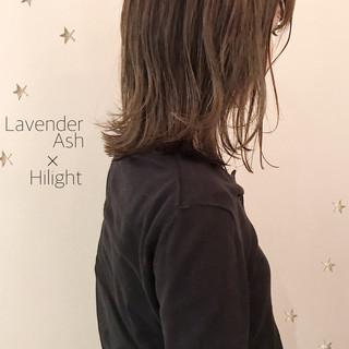 ミディアム ハイライト 切りっぱなしボブ ストリート ヘアスタイルや髪型の写真・画像