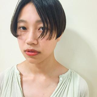 外国人風 黒髪 モード パーマ ヘアスタイルや髪型の写真・画像