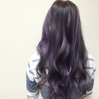 ハイライト グラデーションカラー パープル ガーリー ヘアスタイルや髪型の写真・画像