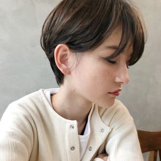 ガーリー かわいい オフィス ショート ヘアスタイルや髪型の写真・画像 ヘアスタイルや髪型の写真・画像