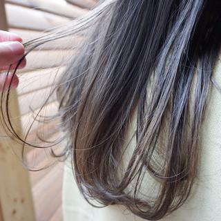 グレージュ 透明感カラー ナチュラル 地毛風カラー ヘアスタイルや髪型の写真・画像