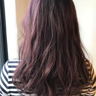 ピンクアッシュ 秋 ロング ラベンダーピンク ヘアスタイルや髪型の写真・画像
