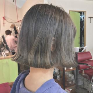 色気 ボブ ミルクティー 大人女子 ヘアスタイルや髪型の写真・画像