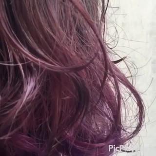 インナーカラー ボブ ガーリー パーマ ヘアスタイルや髪型の写真・画像