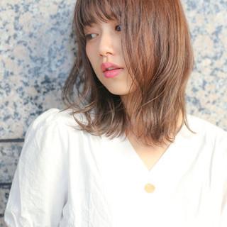 韓国ヘア ミディアム 小顔 切りっぱなし ヘアスタイルや髪型の写真・画像