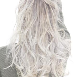 アッシュ 外国人風 ダブルカラー ストリート ヘアスタイルや髪型の写真・画像 ヘアスタイルや髪型の写真・画像