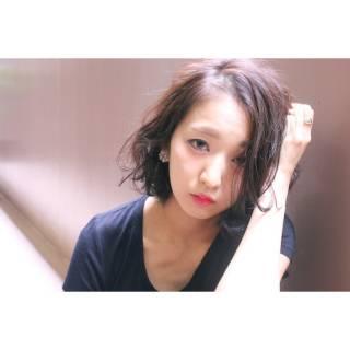 ウェットヘア 暗髪 パンク センターパート ヘアスタイルや髪型の写真・画像