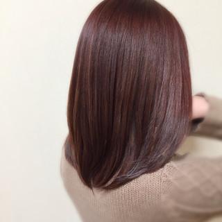 ピンク イルミナカラー セミロング ナチュラル ヘアスタイルや髪型の写真・画像
