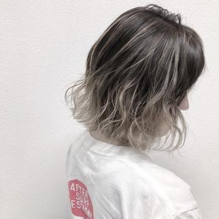 バレイヤージュ ハイライト 透明感 ストリート ヘアスタイルや髪型の写真・画像