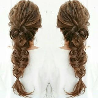 編み込み 大人かわいい 外国人風 ロング ヘアスタイルや髪型の写真・画像