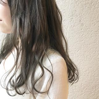 ロング ミント 透明感 ナチュラル ヘアスタイルや髪型の写真・画像 ヘアスタイルや髪型の写真・画像
