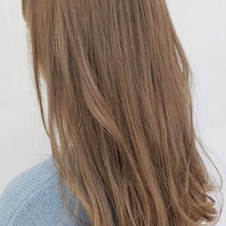 ブリーチカラー 透明感カラー ロング ナチュラル ヘアスタイルや髪型の写真・画像