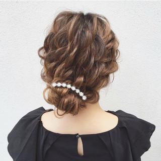 ヘアアレンジ ナチュラル セミロング 結婚式 ヘアスタイルや髪型の写真・画像 ヘアスタイルや髪型の写真・画像