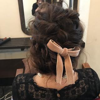 ヘアアレンジ セミロング ミルクティーベージュ ヌーディベージュ ヘアスタイルや髪型の写真・画像