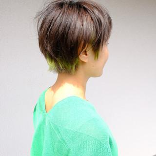 インナーカラー インナーグリーン ブリーチオンカラー ブリーチカラー ヘアスタイルや髪型の写真・画像