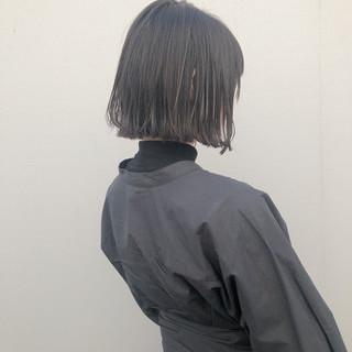 ボブ 外ハネボブ 切りっぱなしボブ ニュアンスヘア ヘアスタイルや髪型の写真・画像