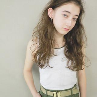 ベージュ パーマ 秋 簡単 ヘアスタイルや髪型の写真・画像