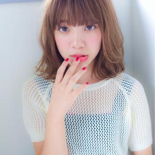 オフィス デート ミディアム 秋 ヘアスタイルや髪型の写真・画像