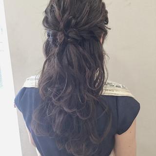 結婚式 上品 セミロング ヘアアレンジ ヘアスタイルや髪型の写真・画像