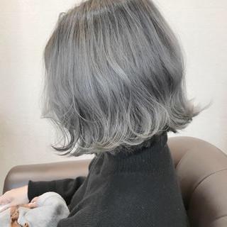 ホワイト フェミニン ヘアアレンジ 簡単ヘアアレンジ ヘアスタイルや髪型の写真・画像
