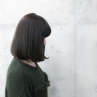 グレージュ ボブ 暗髪 大人かわいい ヘアスタイルや髪型の写真・画像 ヘアスタイルや髪型の写真・画像