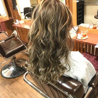 上品 ハイライト エレガント 外国人風 ヘアスタイルや髪型の写真・画像