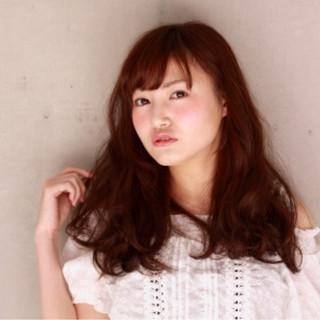 大人かわいい 丸顔 ゆるふわ ロング ヘアスタイルや髪型の写真・画像