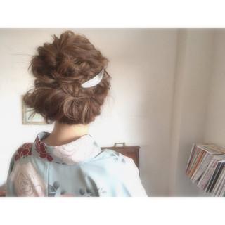 外国人風 お団子 フェミニン ゆるふわ ヘアスタイルや髪型の写真・画像