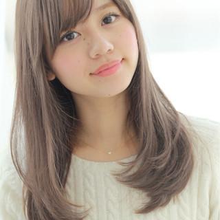 冬 フェミニン 前髪あり 透明感 ヘアスタイルや髪型の写真・画像