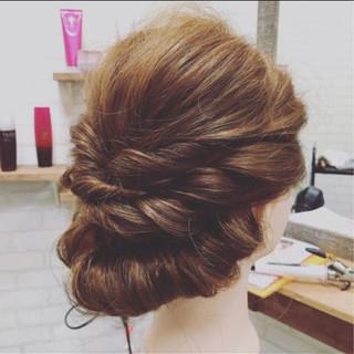 ロープ編み セミロング 編み込み フェミニン ヘアスタイルや髪型の写真・画像