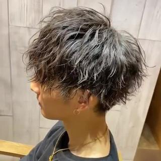 メンズヘア ショート ストリート マッシュ ヘアスタイルや髪型の写真・画像