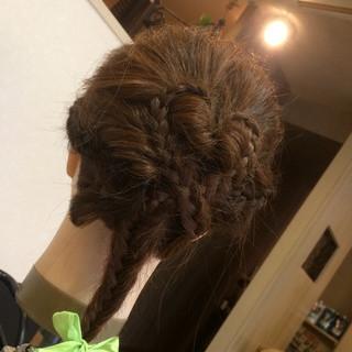 編み込み 簡単ヘアアレンジ ヘアアレンジ フィッシュボーン ヘアスタイルや髪型の写真・画像 ヘアスタイルや髪型の写真・画像