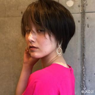 ショートカット ショートボブ ナチュラル ショートヘア ヘアスタイルや髪型の写真・画像