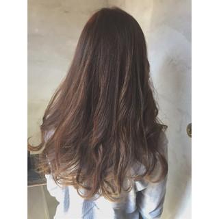 大人かわいい アッシュ グラデーションカラー ロング ヘアスタイルや髪型の写真・画像