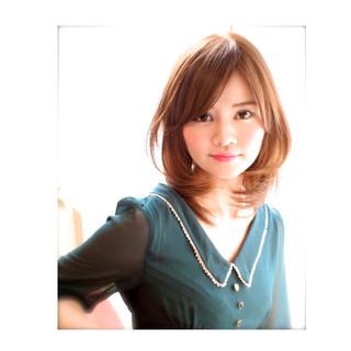 セミロング アップスタイル ハーフアップ ルーズ ヘアスタイルや髪型の写真・画像