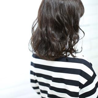 アッシュ ブルー パープル モーブ ヘアスタイルや髪型の写真・画像
