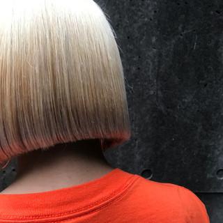 ボブ ホワイト ブリーチ ショートボブ ヘアスタイルや髪型の写真・画像