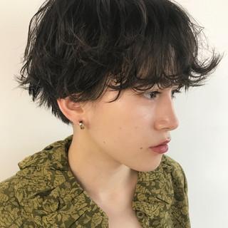 ショート 前髪パーマ ウェットヘア 簡単ヘアアレンジ ヘアスタイルや髪型の写真・画像