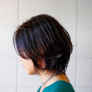 セミウェット ナチュラル アッシュベージュ デザインカラー ヘアスタイルや髪型の写真・画像