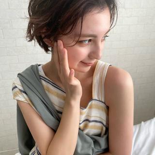 パーマ 大人かわいい ショート ナチュラル ヘアスタイルや髪型の写真・画像