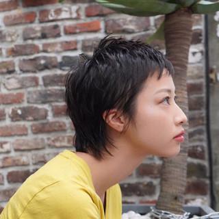 ベリーショート ショート ショートバング マッシュウルフ ヘアスタイルや髪型の写真・画像