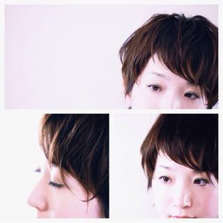 ベリーショート ナチュラル 前髪あり 大人かわいい ヘアスタイルや髪型の写真・画像