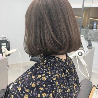 ミニボブ グレージュ 透明感 ボブ ヘアスタイルや髪型の写真・画像