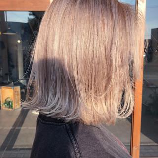 ストリート ミルクティーベージュ ボブ 簡単ヘアアレンジ ヘアスタイルや髪型の写真・画像