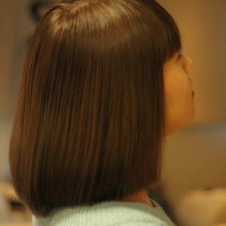 サラサラ ミディアム ツヤツヤ ナチュラル ヘアスタイルや髪型の写真・画像