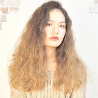 ロング ストリート アッシュ くせ毛風 ヘアスタイルや髪型の写真・画像