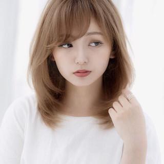 小顔ヘア 大人かわいい デート ミディアム ヘアスタイルや髪型の写真・画像
